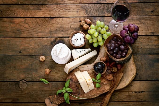Klassische Rotwein Rezepte zu deftiger Hausmannkost oder schmackhaftem Käse. Viele unterschiedliche Varianten für jeden Geschmack dabei. (#2)