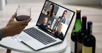Online Weinprobe: Zu Hause die besten Weine entdecken ( Foto: Shutterstock- Andrey_Popov )